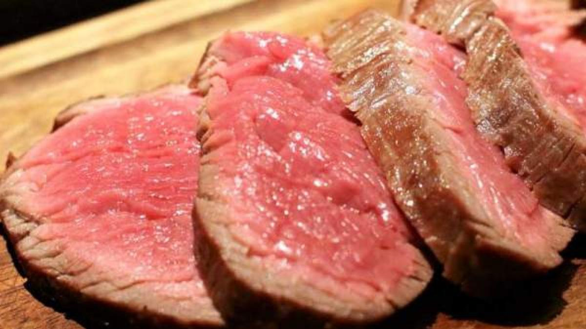 Comer mucha carne cruda y embutido aumenta el riesgo de sufrir una muerte  prematura