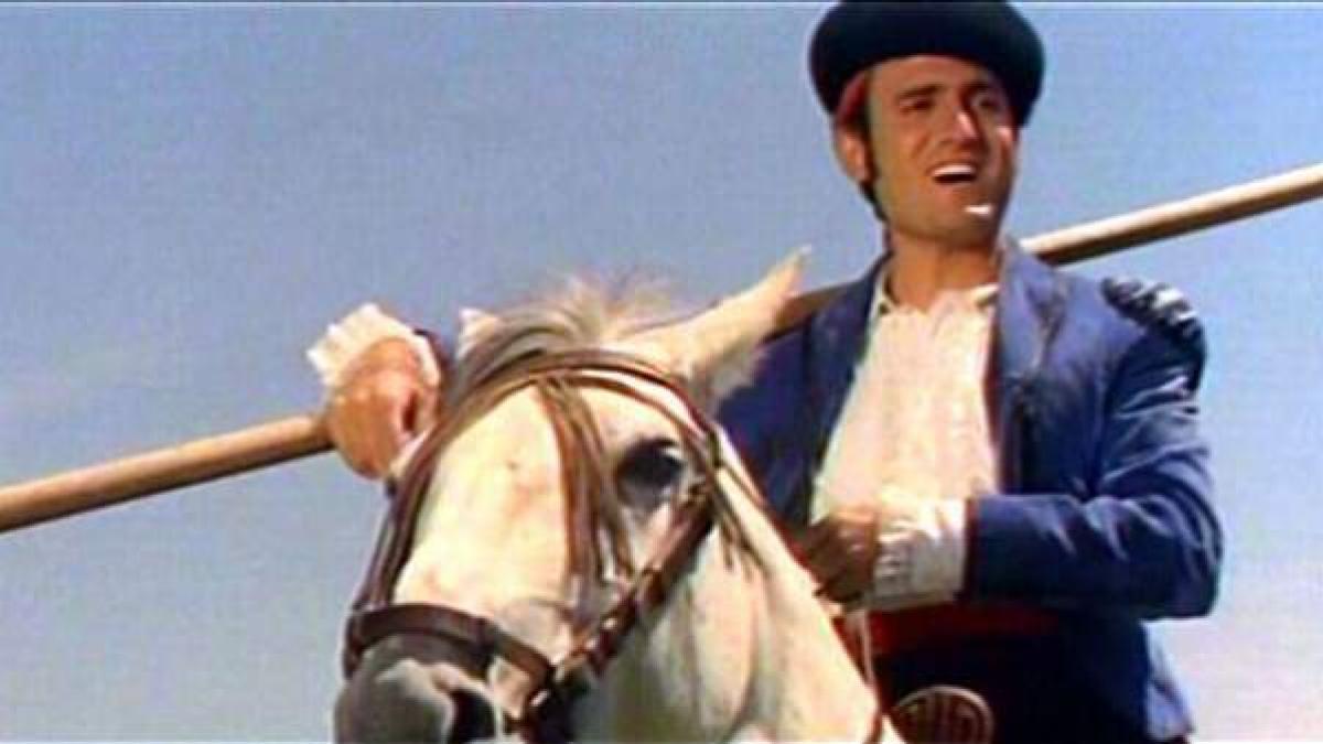 Manolo Escobar El Cantante Que Puso Banda Sonora A La España De Los Años 60 Y 70