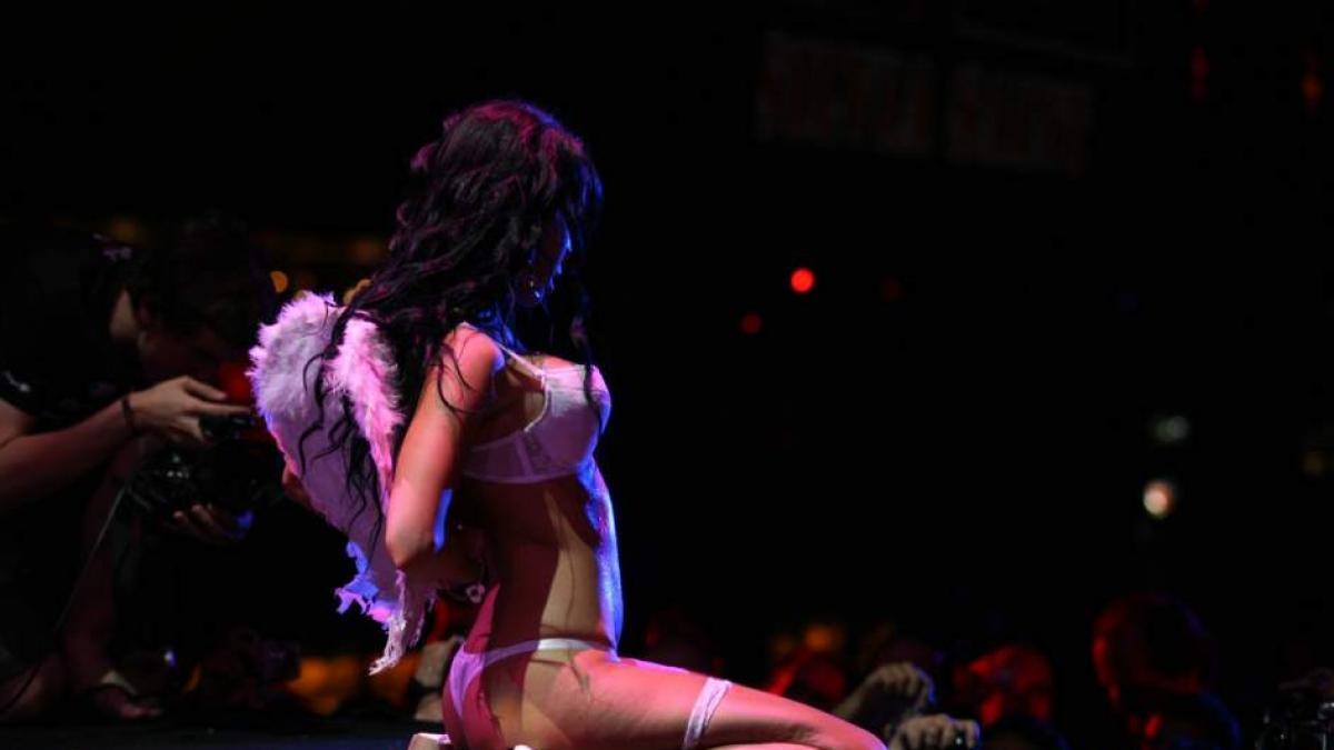 Canales Porno Baile Striptis En Barcelona fotos: fotos: salón erótico de barcelona | imágenes | imágenes