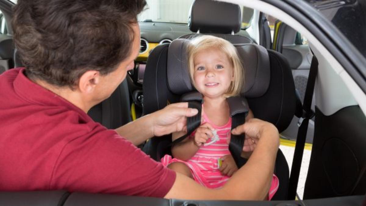 silla reglamentaria para niños 2018