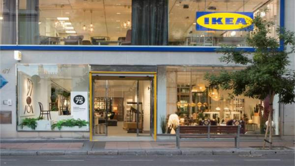 Ikea abre un punto de recogida de productos bajo pedido en
