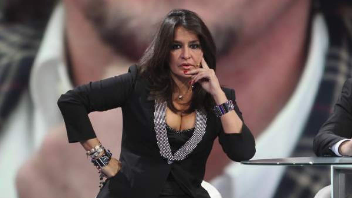 Aida Nizar Desnuda aída nízar pasa la censura de instagram con la última foto