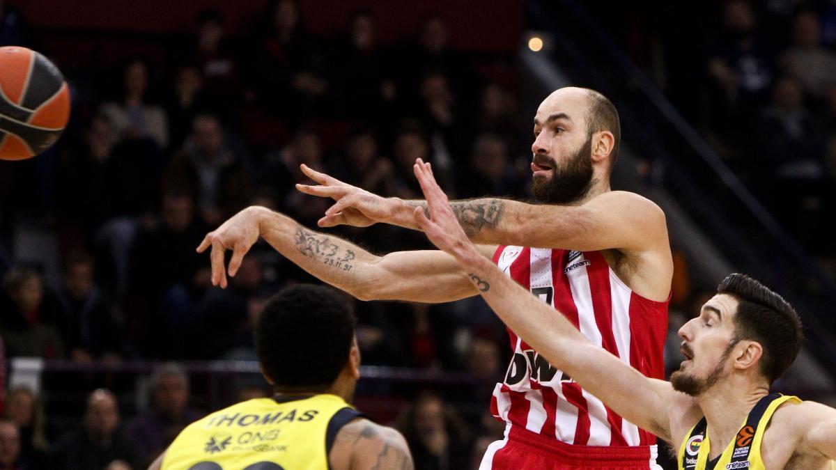 Aparte palma malla  Spanoulis supera a Navarro como máximo anotador de la Euroliga y ya es  leyenda