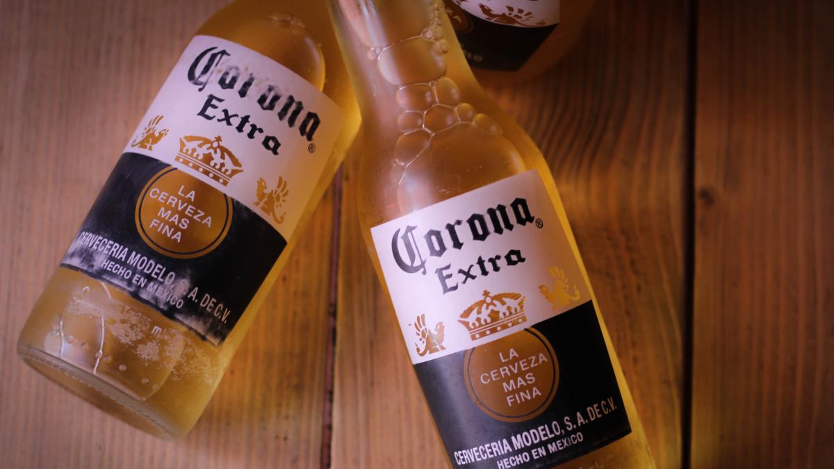 Detienen la producción de la cerveza Corona