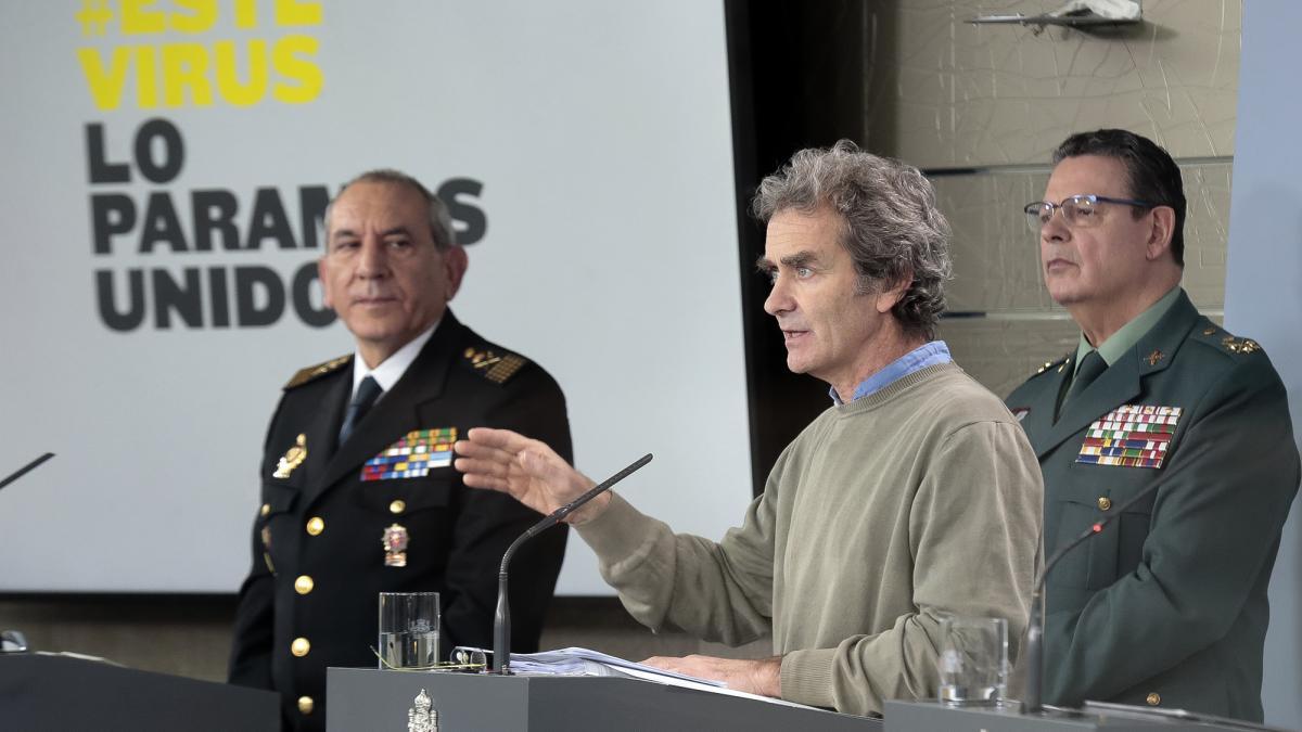 El mando de la Guardia Civil que comparece a diario en Moncloa, ausente por indisposición y a la espera del test de coronavirus