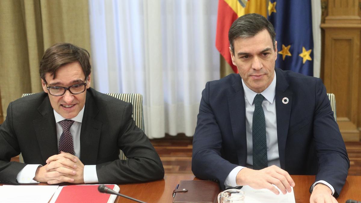El Consejo de Enfermería se querella contra Sánchez, Illa y Simón por un  delito contra la seguridad de los trabajadores