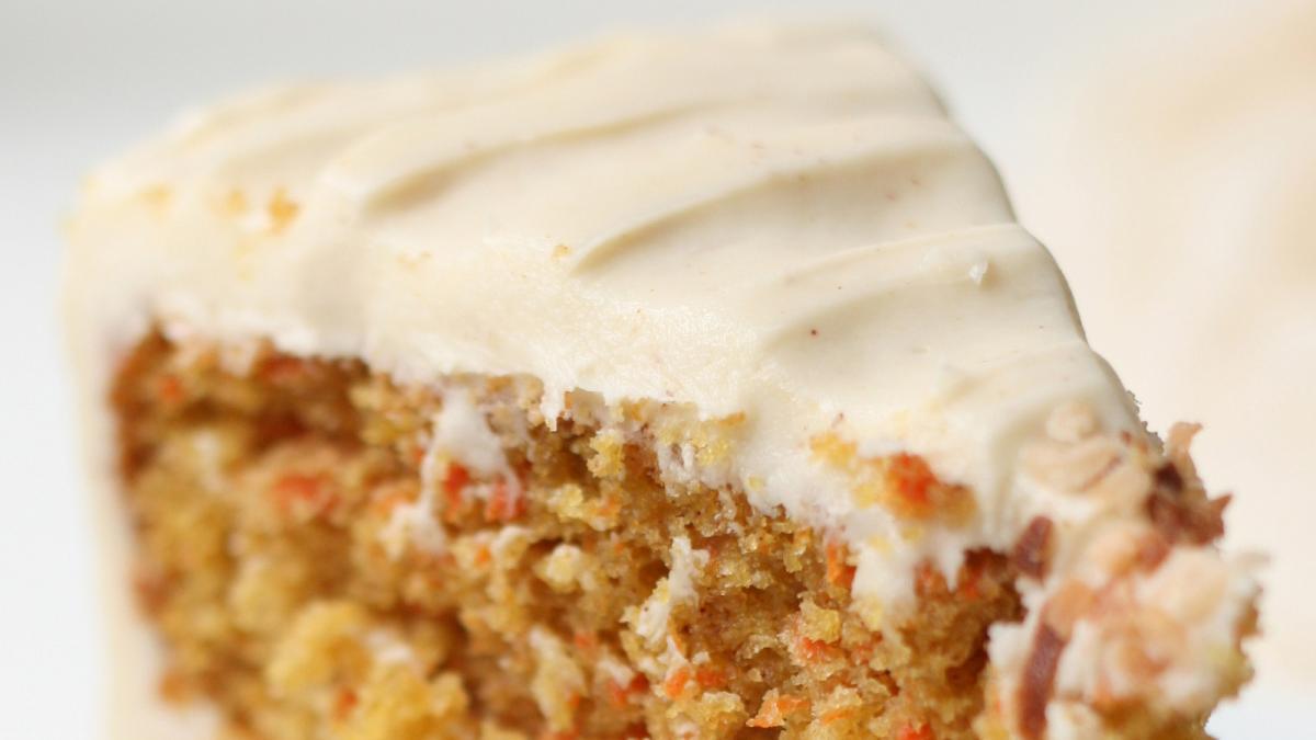 Como Hacer El Frosting De La Tarta De Zanahoria Una lengua blanca, con un extraño sabor amargo. frosting de la tarta de zanahoria