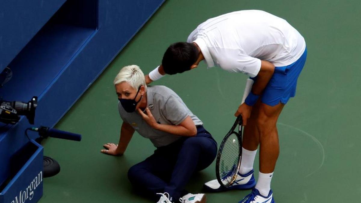 """Los mil y un demonios de Novak Djokovic en vídeo: """"Su historial de enfados  es largo y notorio"""""""