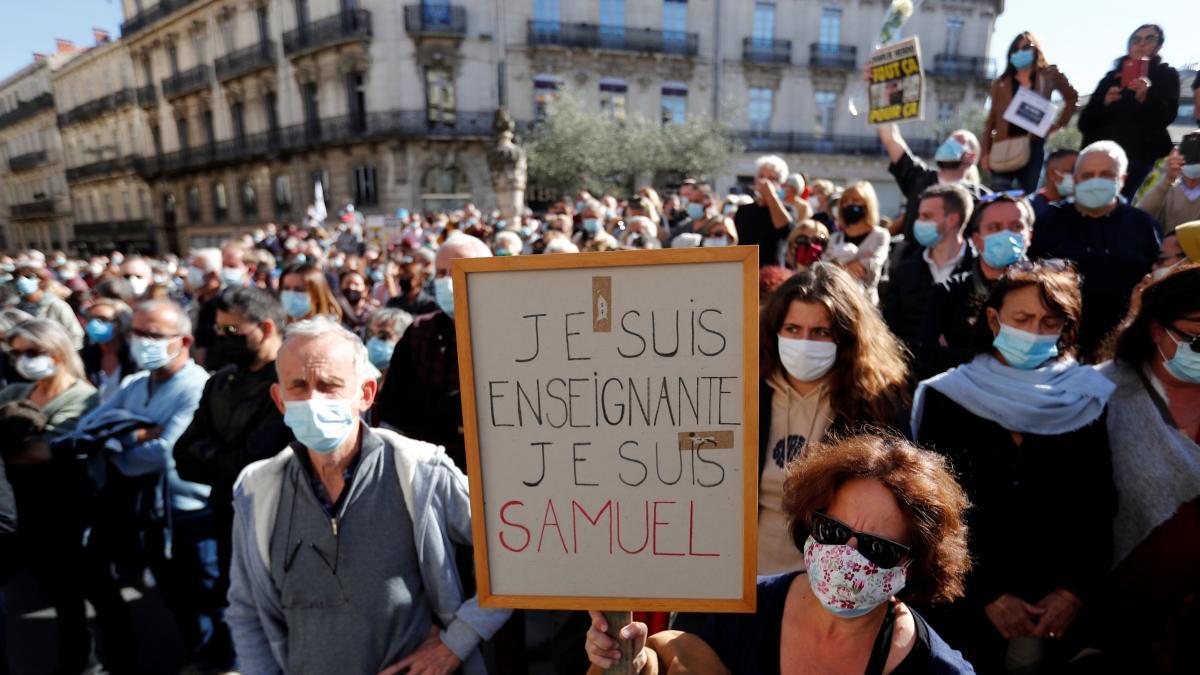 Francia expulsará a 271 inmigrantes ilegales fichados como islamistas tras  la decapitación del profesor en París