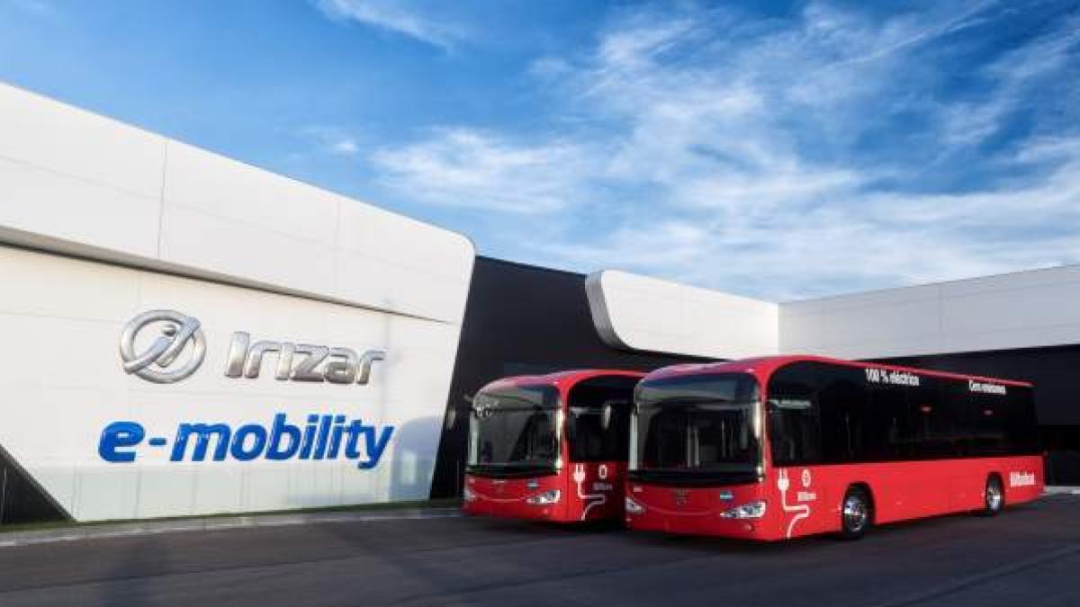 Irizar e-mobility inaugura en Aduna (Gipuzkoa) la primera planta de  electromovilidad europea