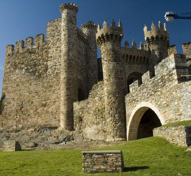 Vista exterior del Castillo de Ponferrada