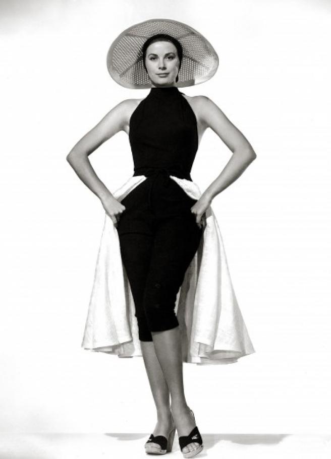 """La actriz Grace Kelly en 1955, un año después de rodar su última película, <em>Alta sociedad</em>. La artista se mudó a <a title=""""Minuteca de Mónaco"""" href=""""http://www.20minutos.es/minuteca/monaco/"""" target=""""_blank"""">Mónaco</a> tras su pedida de mano por parte del príncipe Rainiero III."""