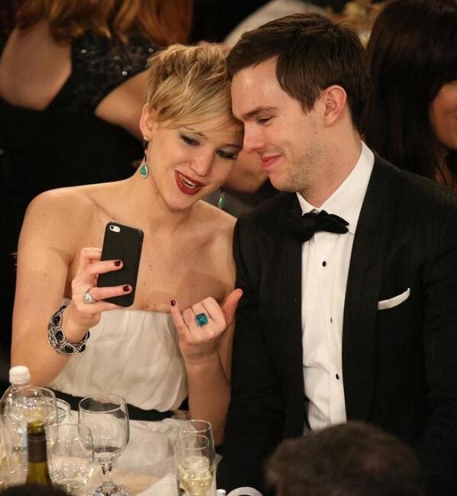El vestido de Jennifer Lawrence: triunfador de los Globos de Oro en internet