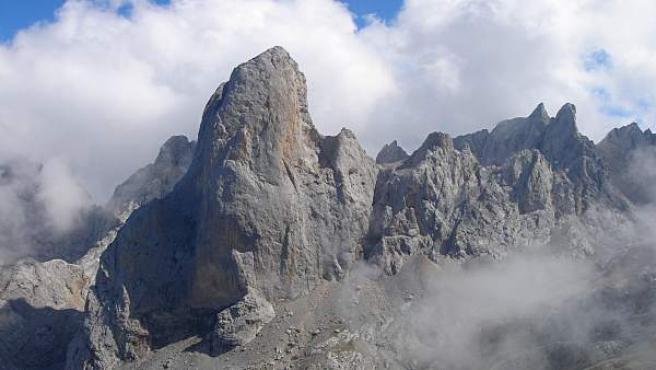 El Naranjo de Bulnes o pico Urriellu, en los Picos de Europa asturianos.