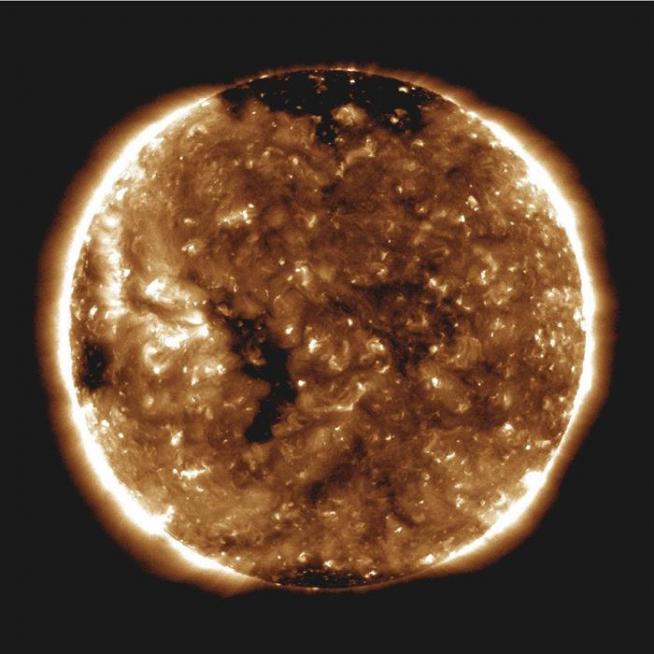 El Sol, en una imagen capturada el 27 de octubre de 2018 por el Observatorio de Dinámica Solar (SDO) de la NASA.