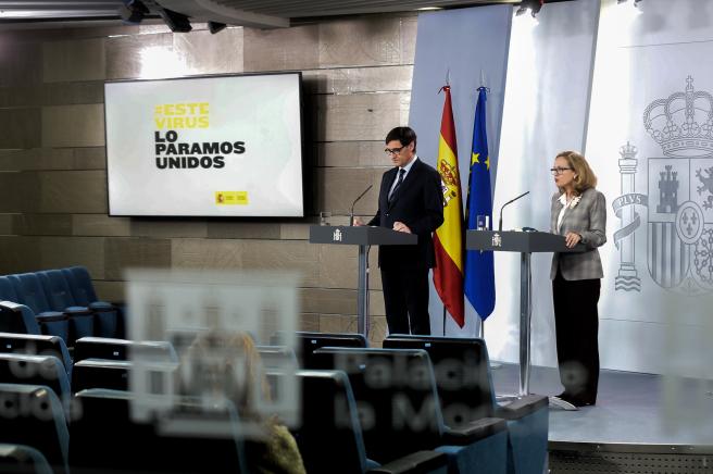 Imagen de la rueda de prensa de Salvador Illa y Nadia Calviño este 23 de marzo.