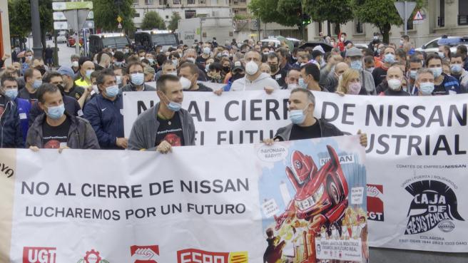 Los trabajadores de Nissan-Barcelona se manifiestan por Santander