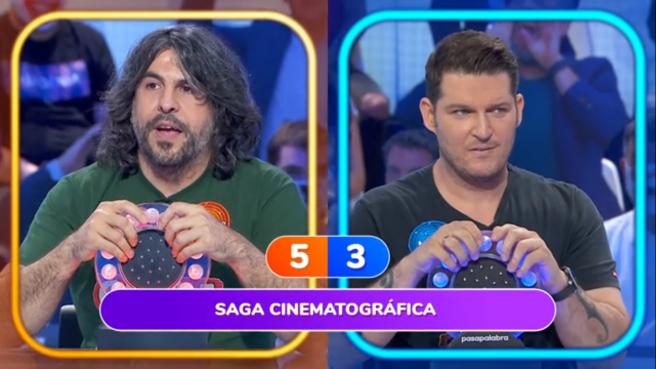 J. Vaquero y Manu Tenorio, en 'Pasapalabra'.
