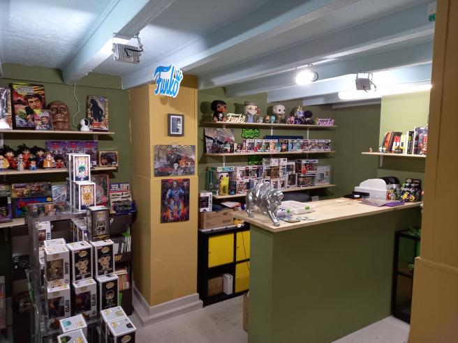 La tienda de funkos de Ana, en el Eix Comercial Encants Nous