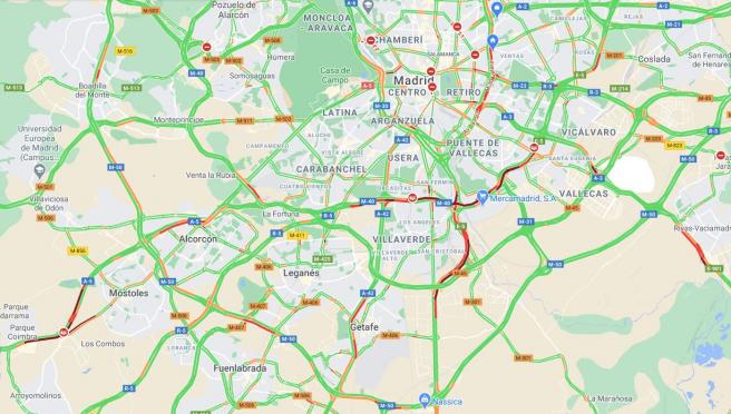 Imagen del tráfico en Madrid a primera hora del viernes 22 de enero.