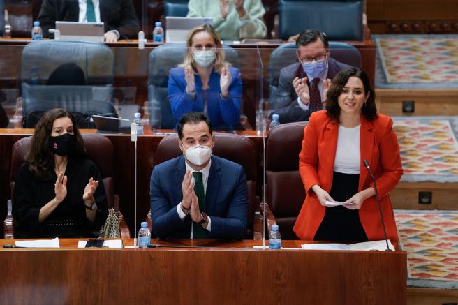 La presidenta de la Comunidad de Madrid, Isabel Díaz Ayuso, este jueves durante su intervención en la Asamblea de Madrid.