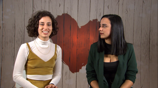 Marta and Llanos, in 'First dates'.