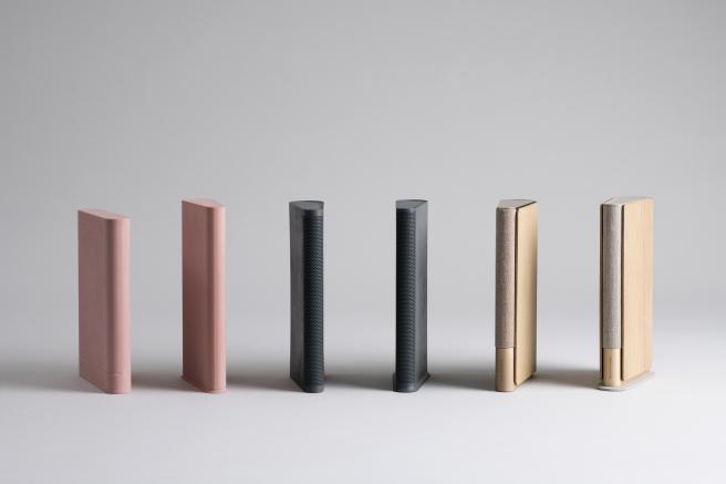 Los altavoces están disponibles en varios colores.