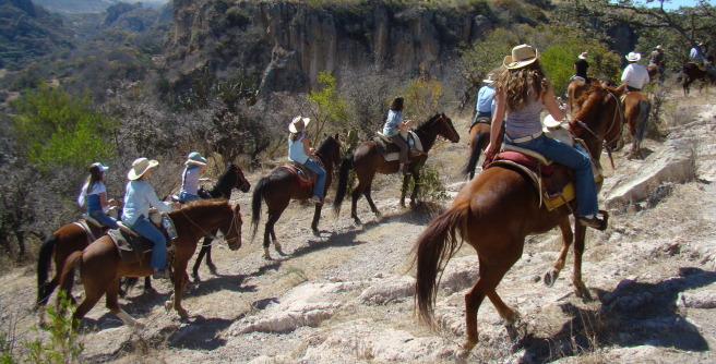 Excursion in one of the protected natural areas of Guanajuato.