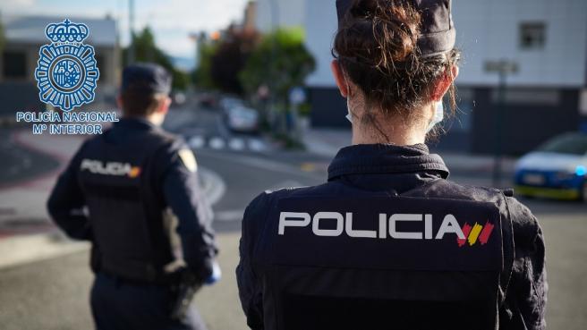 Dos agentes de la Policía Nacional en una imagen de archivo.