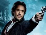 Robert Downey Jr. interpreta a Sherlock Holmes en las películas de Guy Ritchie.