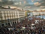 Concentración convocada por la plataforma Democracia Real Ya el 21 de mayo en la Puerta del Sol, durante la jornada de reflexión previa a la cita electoral del 22-M de 2011.
