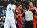 Tangana entre España y Francia tras la agresión de Nico Batum a Navarro.