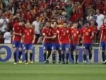Los jugadores de España celebran un gol durante la fase de clasificación.