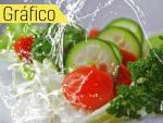 Detalle de una ensalada fresca.
