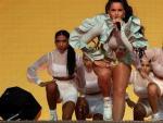 La cantante Rosalía actúa durante la fiesta de bienvenida del festival Mad Cool 2019, en Madrid.
