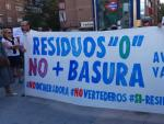 Pancarta exhibida en la protesta vecinal del pasado día cinco en Vallecas.