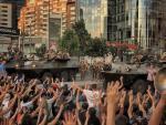 Manifestantes en una protesta pacífica en Santiago (Chile).