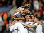 Les joueurs de Valence célèbrent un but contre Lille.