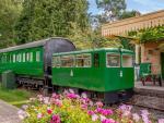 Este vagón cuenta además con la particularidad de que se encuentra en la estación de ferrocarril de Horsebridge en Hampshire (Inglaterra), que fue cerrada al público en 1964. La experiencia no puede ser más inmersiva.