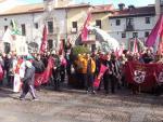 Concentración leonesista en la plaza de San Marcelo en favor del derecho de autonomía de León.
