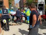 Dos trabajadores heridos graves al desplomarse un ascensor