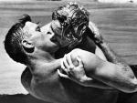'De aquí a la eternidad': el beso entre las olas que cambió para siempre a Deborah Kerr