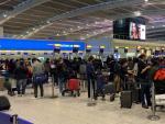 Caos en Heathrow tras anuncio de cierre de fronteras en países de la UE