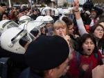 Disturbios en Estambul durante la protesta feminista del 8 de diciembre.