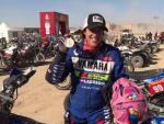 Sara García se ha convertido en la primera mujer en completar el Dakar en la categoría 'Original', sin asistencia.