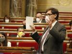 El líder de la oposición y del PSC, Salvador Illa, interviniendo durante la sesión de control al president Aragonès este míércoles en el Parlament