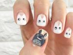 Manicura inspirada en 'Mi vecino Totoro'.