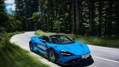 01 McLaren765LTSpider