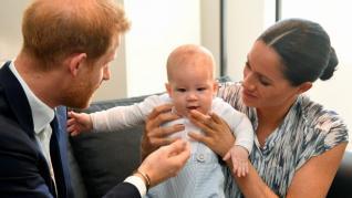 El hijo de Meghan y Enrique cumple dos años lejos de la Corona británica