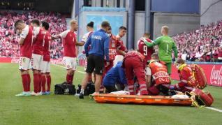 Así fue el protocolo que le salvó la vida a Eriksen tras su desplome en el debut de Dinamarca en la Eurocopa
